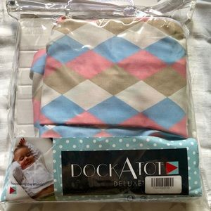 NWT DockAtot Deluxe cover blue/pink